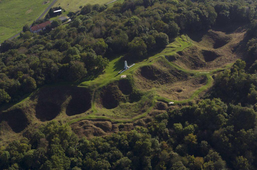 Vue aérienne de la Butte de Vauquois Argonne Meuse