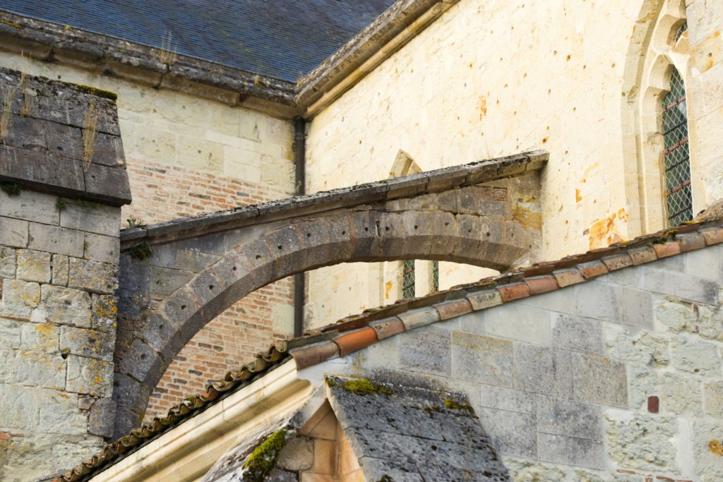 Détail architectural de l'abbaye de Lachalade