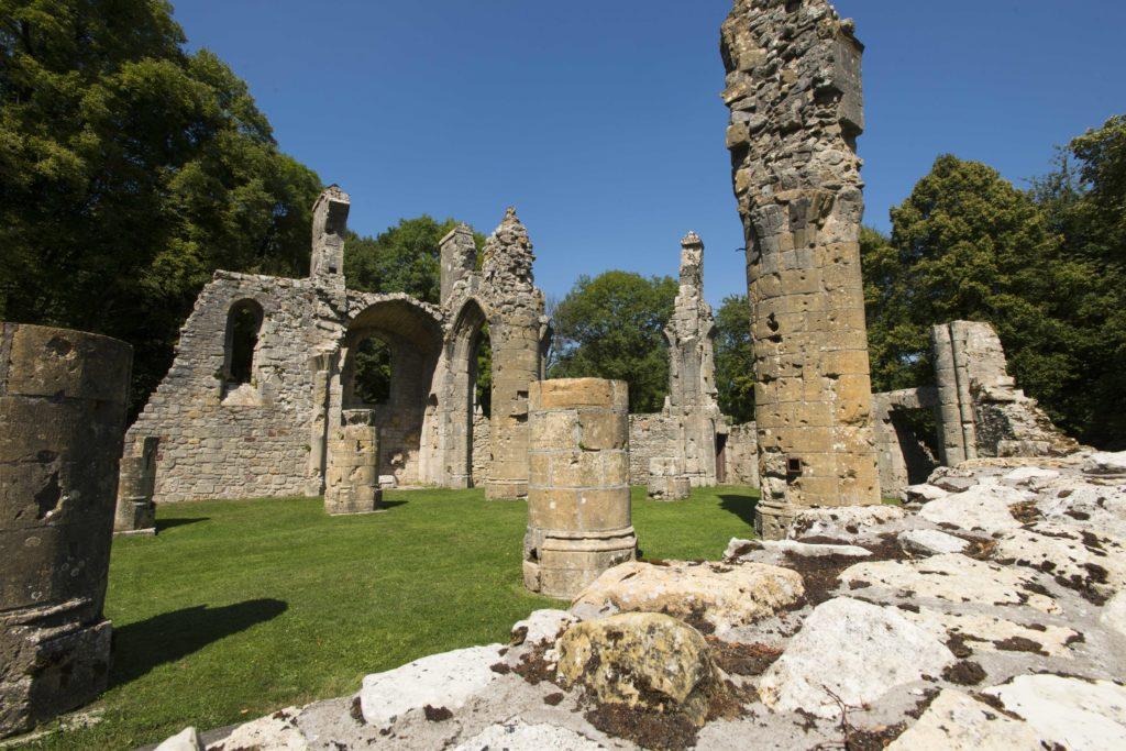 Ruines de la collégiale Saint-Germain à Montfaucon d'Argonne Meuse