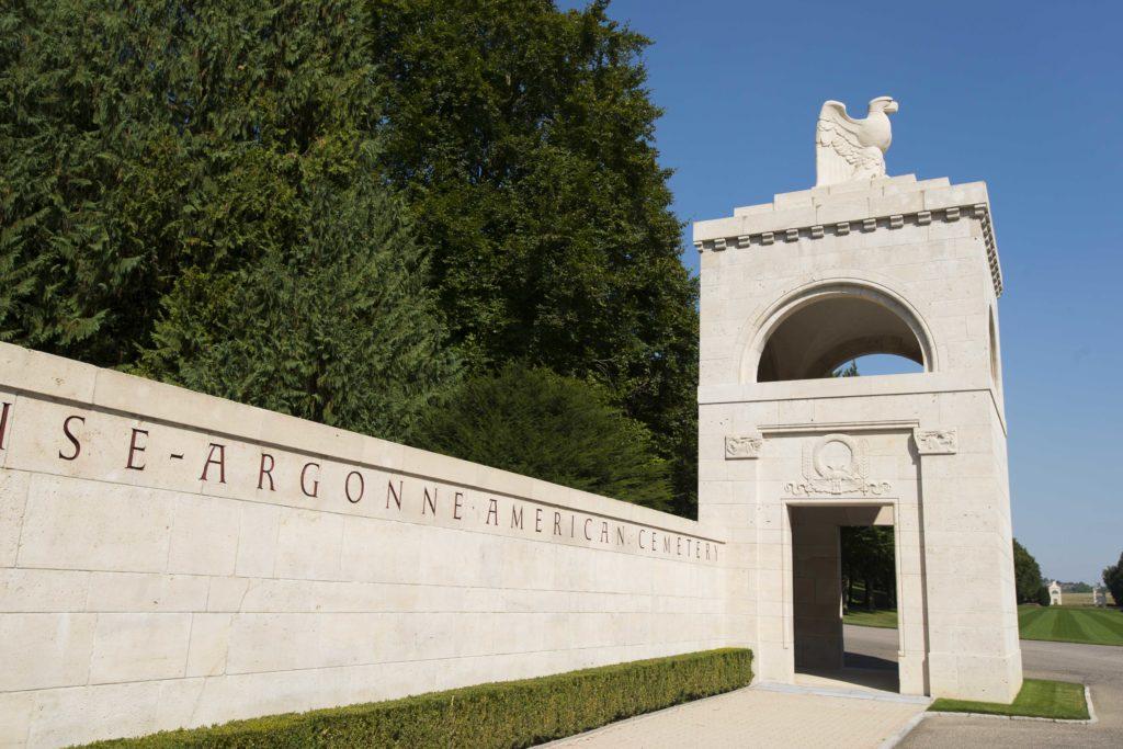 Entrée du cimetière américain Meuse-Argonne à Romagne sous Montfaucon